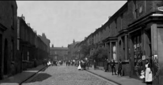 liverpool-streets-l8-wilson-street-toxteth-1910